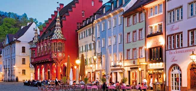 header_Freiburg-Altstadt-dpa21384689