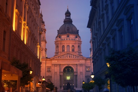 Budapest-Basilica-1024x682