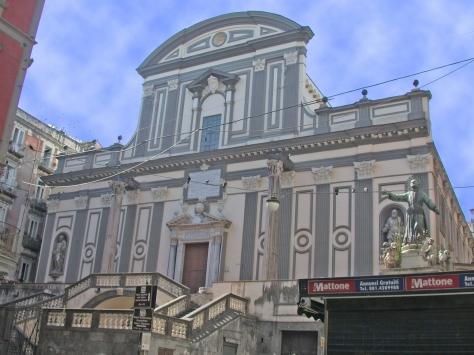 NapoliSanPaoloMaggioreFacciata