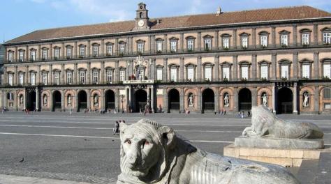 palazzo-reale-napoli